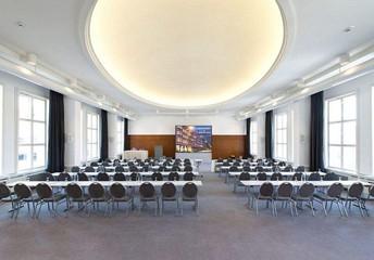 Berlin  Hotel Saal Senator image 0