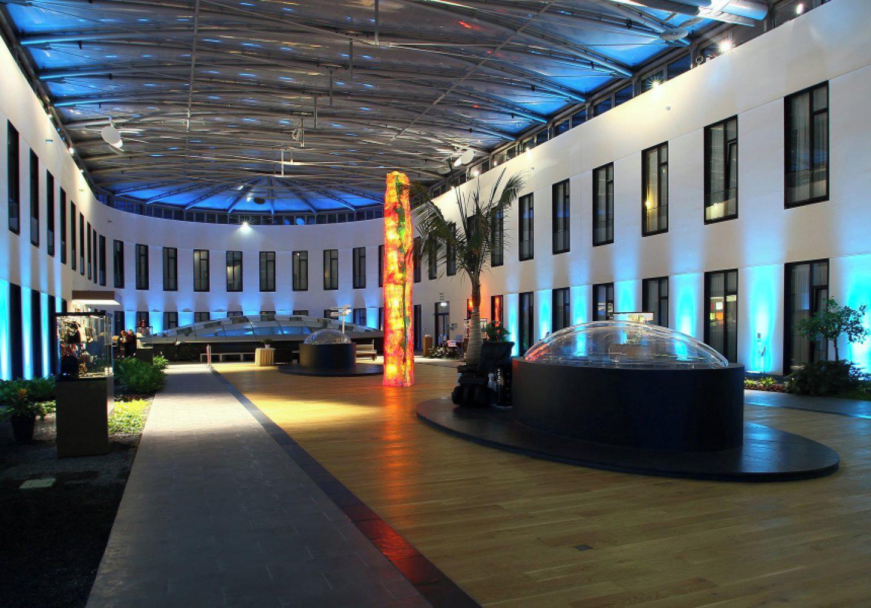 Berlin  Hotel Atrium image 0